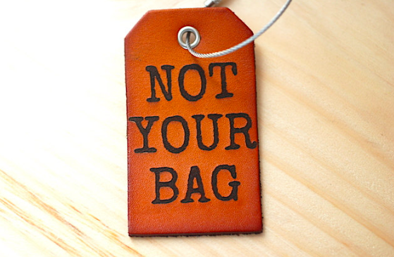 don't touch my bag| luggage tag| gift for travelers| travel gifts| personalized luggage tags| personalized gifts